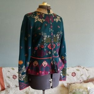 Wool cardigan/jacket with pleats